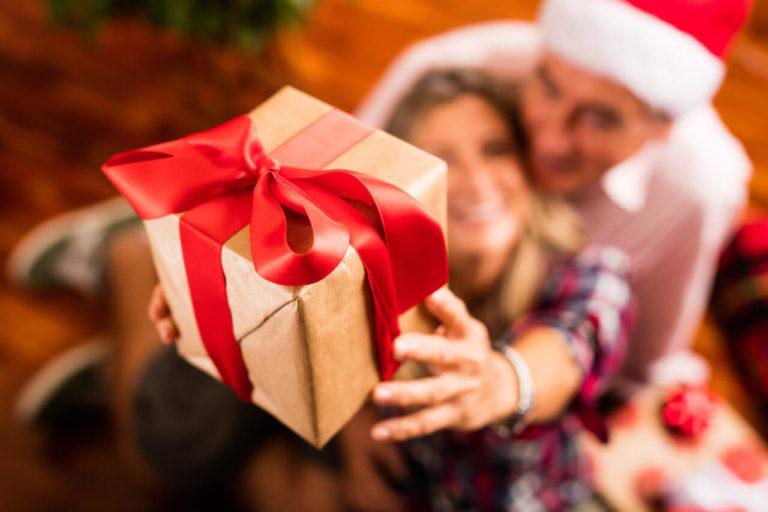 Minister of Aged Care Calls to Make Christmas for the Elderly Merrier