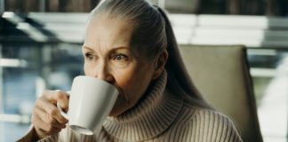 Nutrition Drinks for Elderly: Things to Consider when Buying | Aged Care Weekly